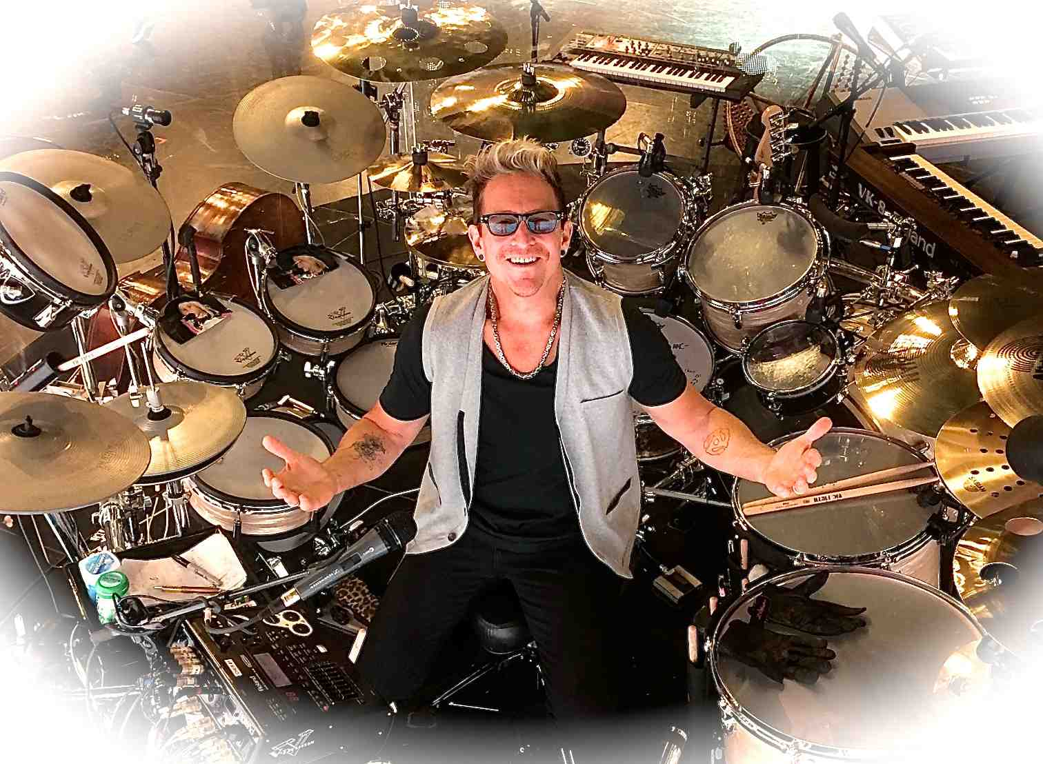 149: Drumming for Pink and Cher, with Mark Schulman